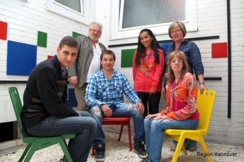 Nach dem Vorbild Mondrians haben die Abschlussstufen der Eberhard-Schomburg-Schule einen Lichthof gestaltet
