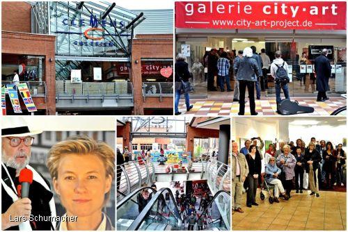 Interesse an der Kunst aus Hannover; Besucher der galerie city art (Clemens Galerien Solingen) unter ihnen auch Hans-Georg Wenke vom Kulturradio Solingen beim Interview zur Ausstellung